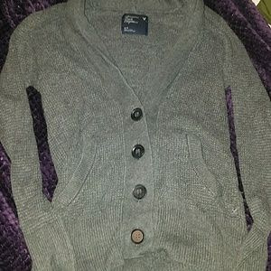 American Eagle Outfitters Sweater.
